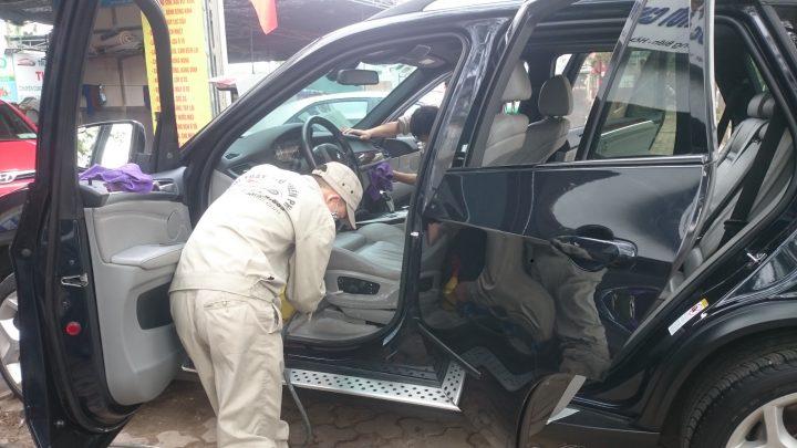 Trung tâm bảo hành, bảo dưỡng và sửa chữa BMW chính hãng.