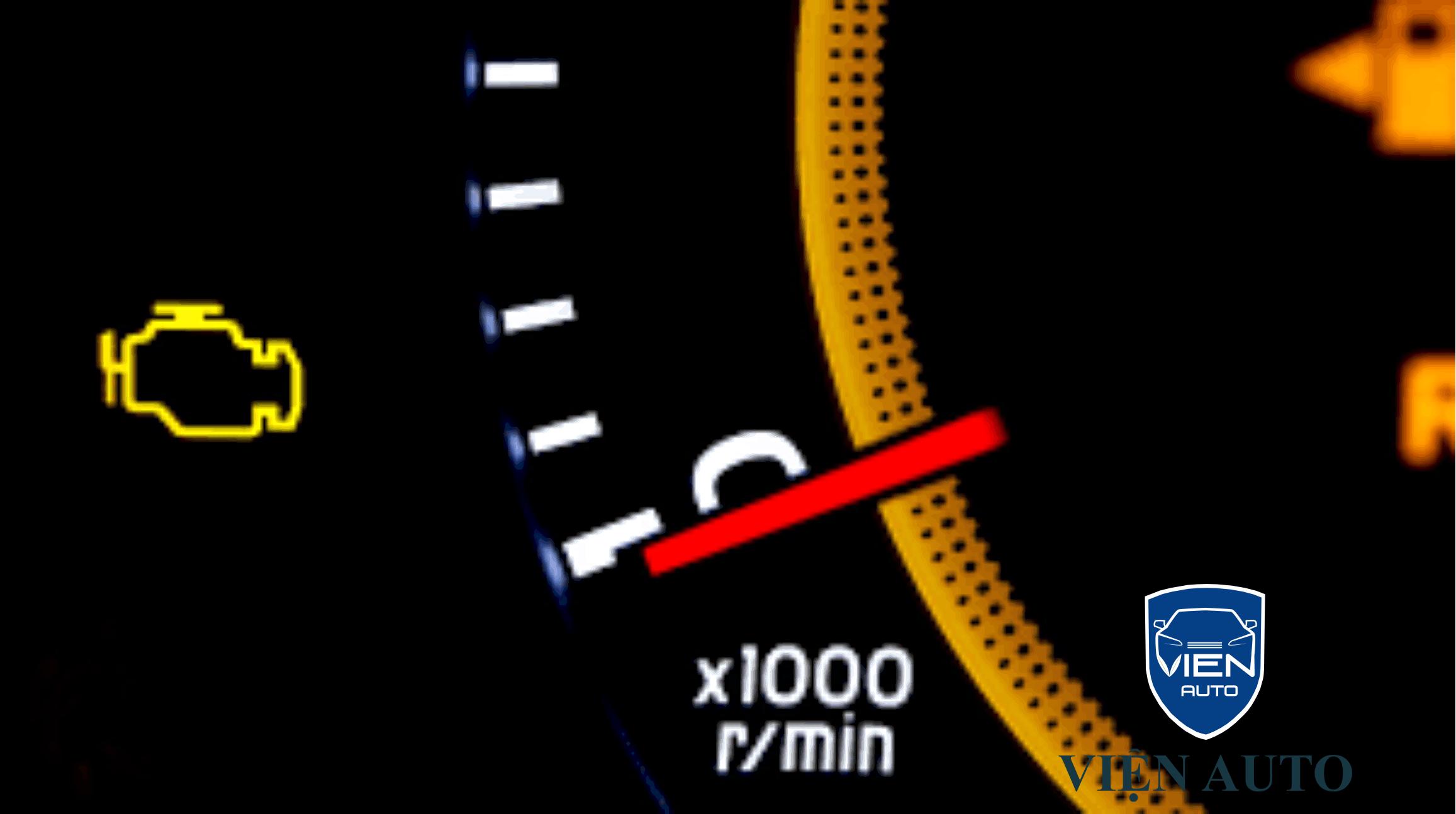 Đèn động cơ trên xe BMW 318